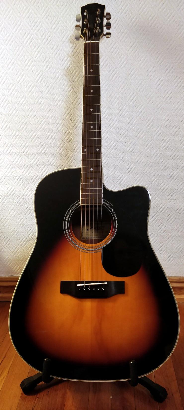 Shiny acoustic guitar, yay